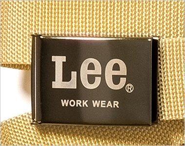 Leeのロゴが印字されたオシャレなバックル