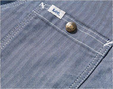 LWV19001 Lee ジップアップベスト(男女兼用) Leeロゴ入りのオリジナルボタンのついたポケット