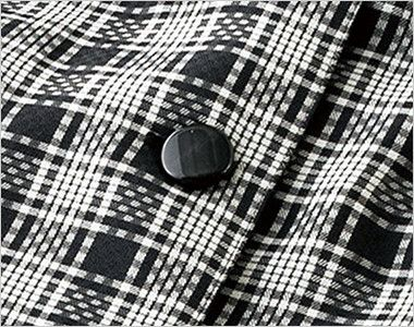 en joie(アンジョア) 26145 ドライタッチな質感&軽やかで夏も爽やかチェック柄オーバーブラウス 光沢のある黒いボタン