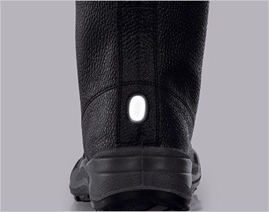 ジーベック 85024 安全半長靴 樹脂先芯 視認性を高める反射材を使用。夜間や暗所での安全性を高めています。